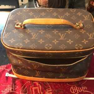 Louis Vuitton vintage make up case